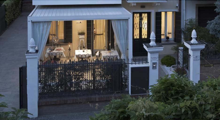 Chiara Lodge, Venezia