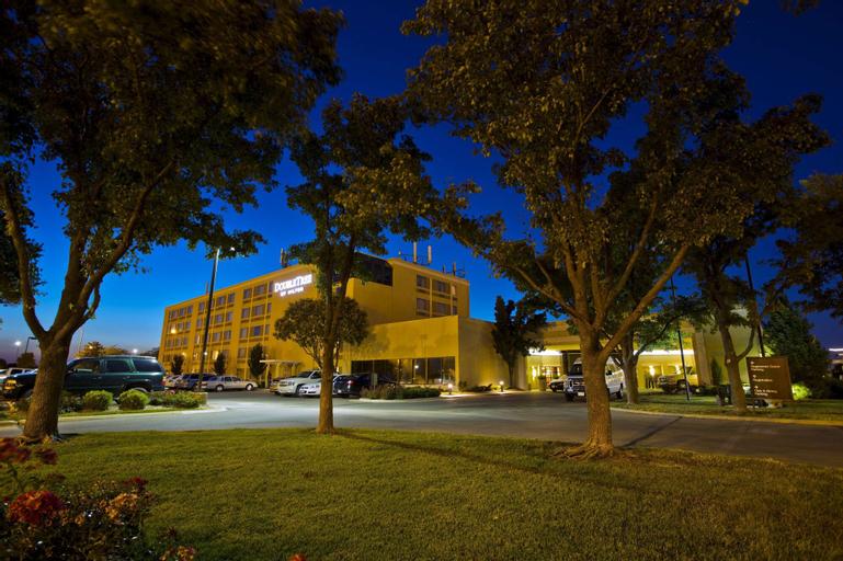 DoubleTree by Hilton Hotel Wichita Airport, Sedgwick