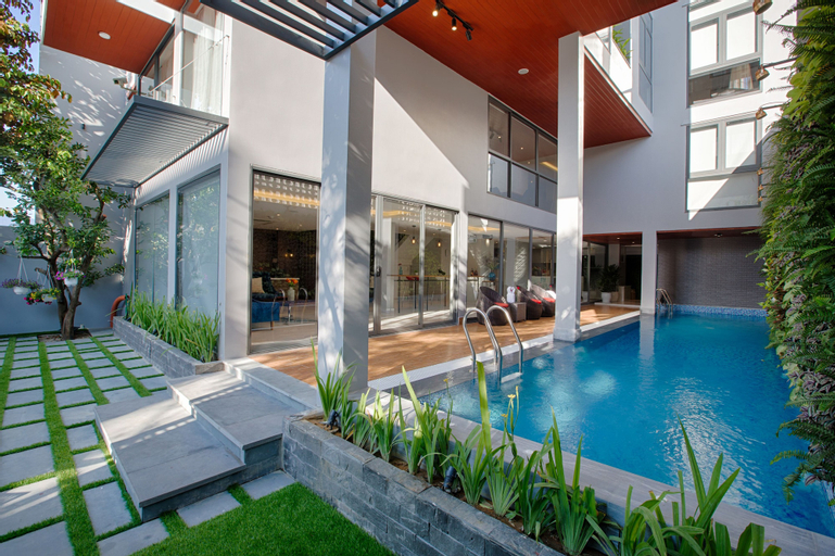 Shri Villa & Residence, Sơn Trà