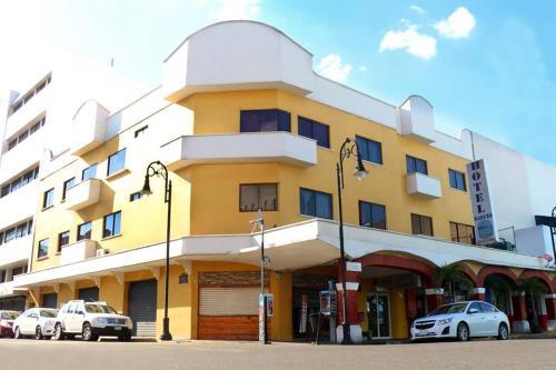Hotel Madero, Centro