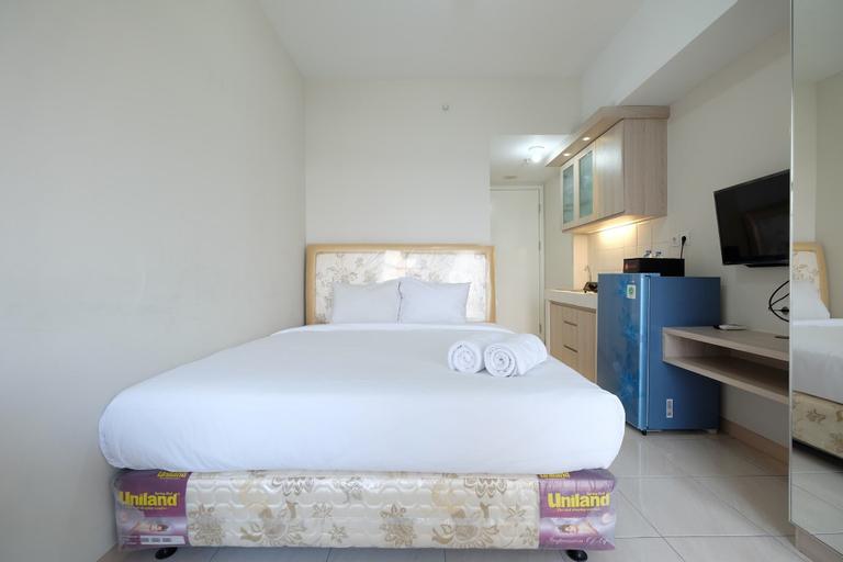 Minimalist Studio Room at The Springlake Apartment Sumarecon Bekasi By Travelio, Bekasi
