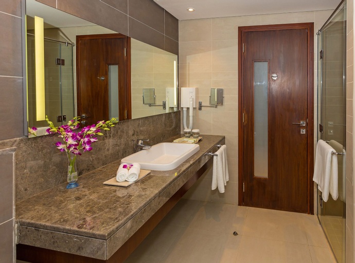 Flora Al Barsha Hotel at the Mall,
