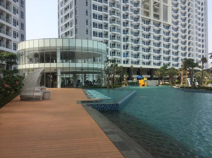 Exclusive and Strategic Studio Puri Mansion Apartment, West Jakarta