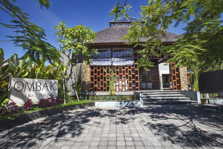 Ombak Villa Cemagi, Badung