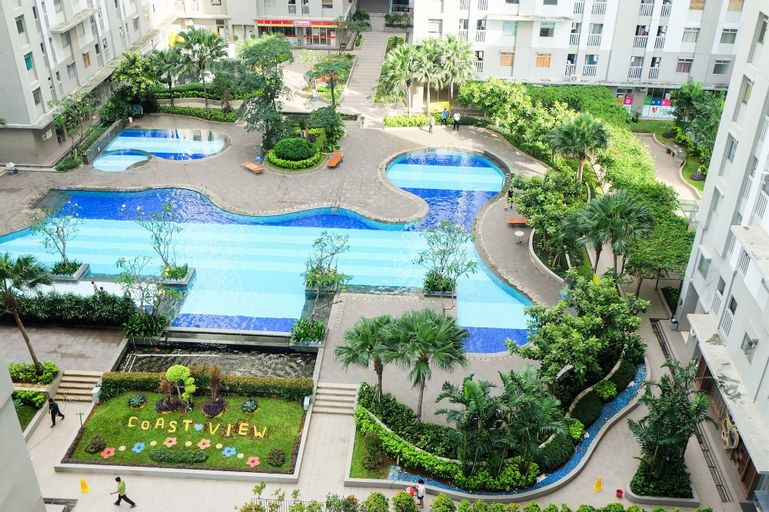 Comfy 2BR Green Bay Pluit Apartment By Travelio, North Jakarta