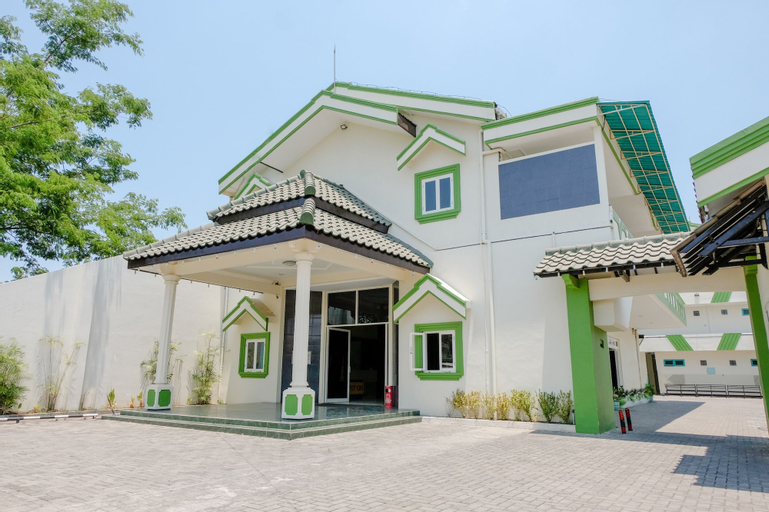 SPOT ON 1796 Hotel Taman Indah, Madiun