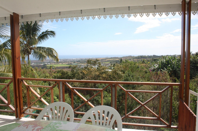 House With one Bedroom in Saint Paul, With Wonderful sea View, Enclose, Saint-Paul