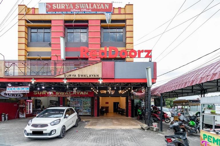 RedDoorz Syariah @ Jalan Setiabudi Medan 3, Medan