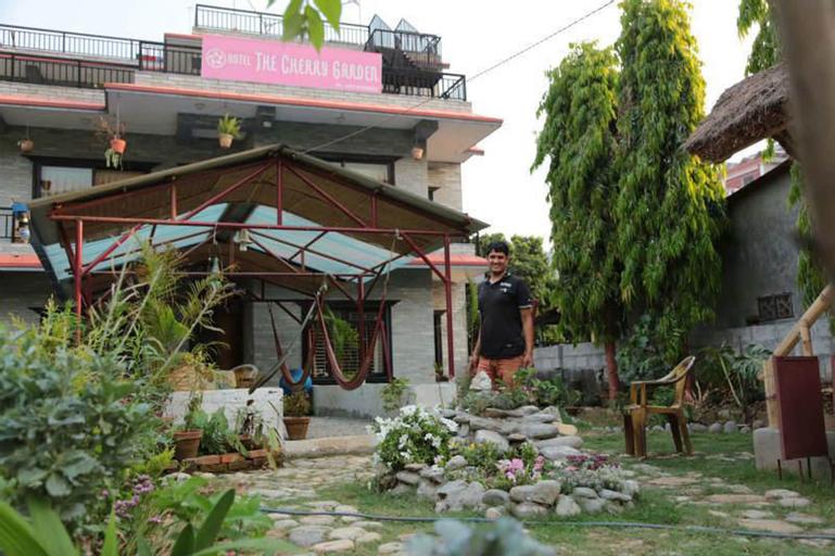 Cherry Garden, Gandaki