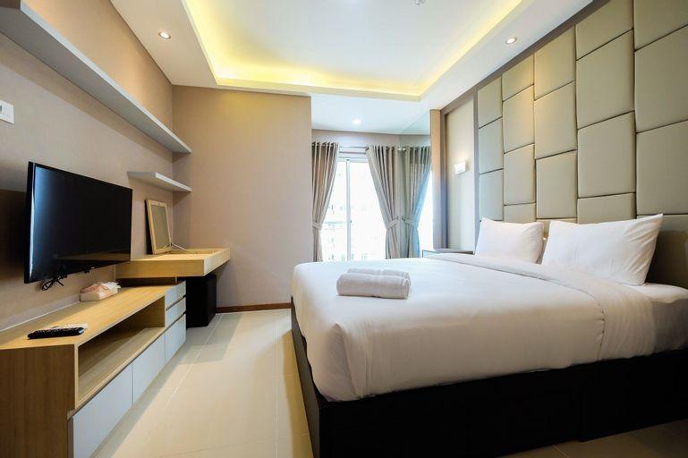 Deluxe and Comfortable 2BR Seaview Condominium at Green Bay Apartment, Jakarta Utara