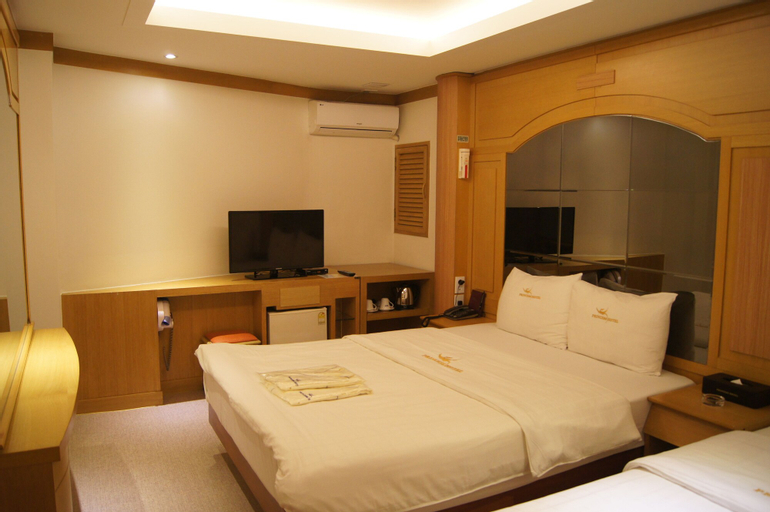 Princess Hotel, Seongdong