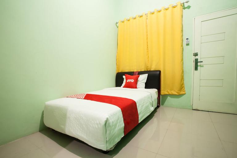 OYO 1733 Pocut Residence Syariah, Medan