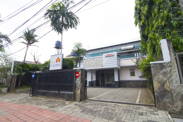 House of Arsonia Flamboyant, Jakarta Pusat