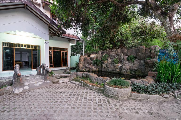 OYO 1778 Omah Duwet, Yogyakarta
