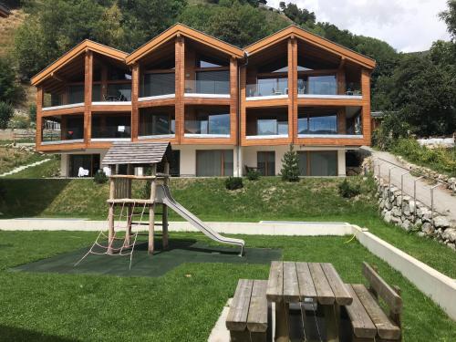 Bergquell Haus D, Brig