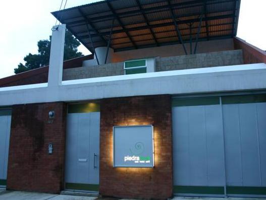 Hotel Piedraluna, ZONA 10