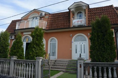 Garni Hotel Kaca, Kragujevac