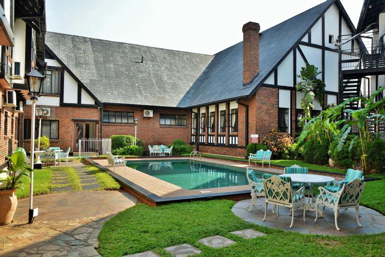 Cresta Churchill Hotel, Bulawayo
