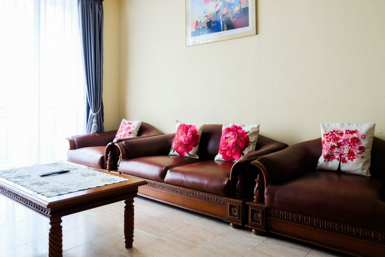 Classic Style 2BR At Redtop Apartment near Juanda, Central Jakarta