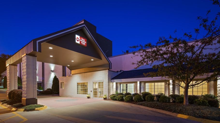 Best Western Plus Longbranch Hotel & Convention Center, Linn