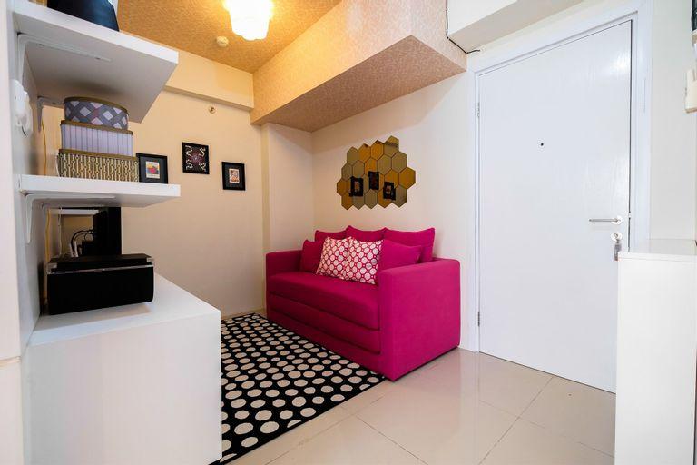 Modern 1BR Apartment @ Green Pramuka By Travelio, Central Jakarta