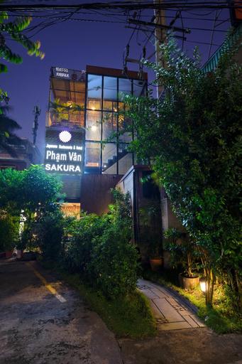 Japanese Restaurant and Hotel Sakura, Thuận An