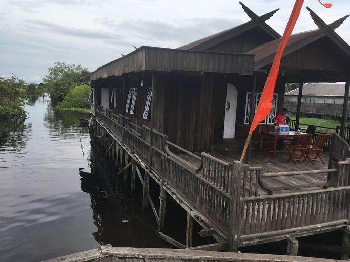 Arut Riverside Orangutan Guest house, Kotawaringin Barat