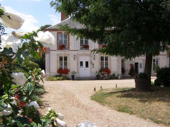Villa des Bordes, Loiret