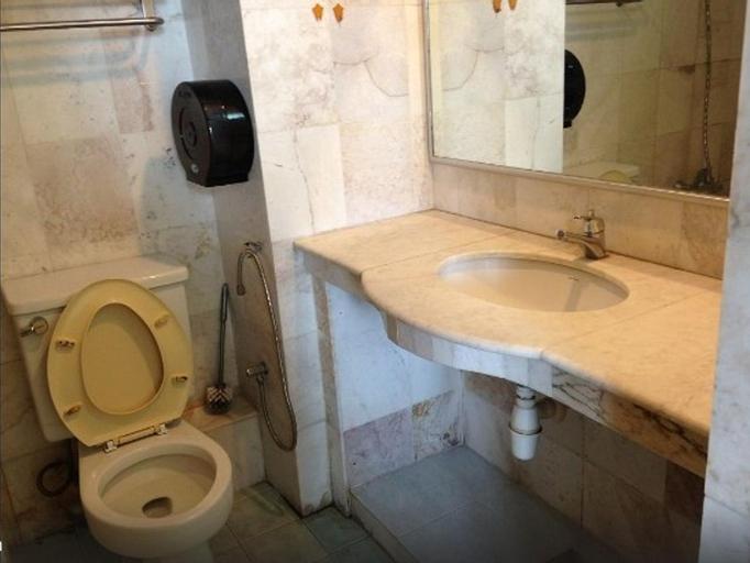 Kuah Town Service Suite Apartment @ Century Suria, Langkawi