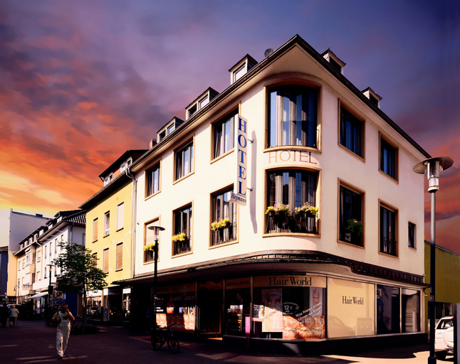 Hotel H.E.Y.M.A.N.N., Kaiserslautern