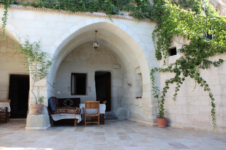 Local Cave House Hotel, Merkez