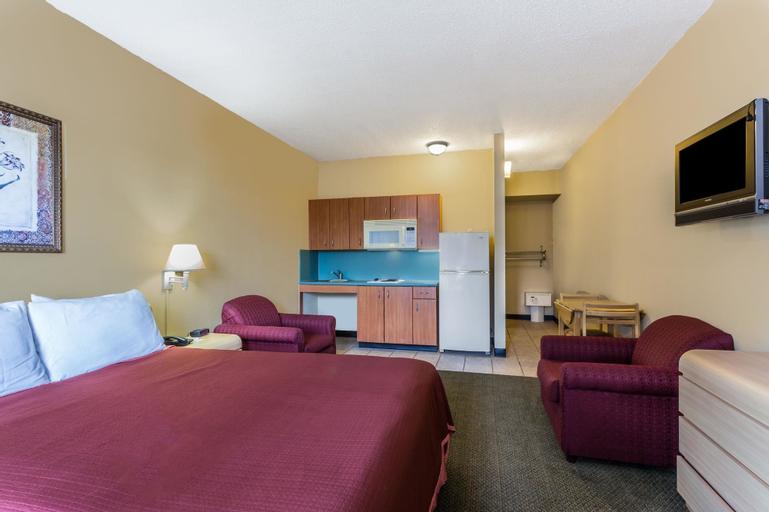 Travelodge Suites by Wyndham Lake Okeechobee, Okeechobee