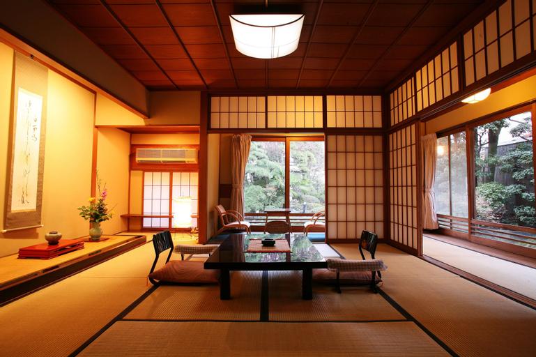 Kansuitei Kozeniya, Tottori