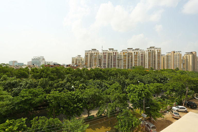 OYO 302 Maple Green, Gurgaon