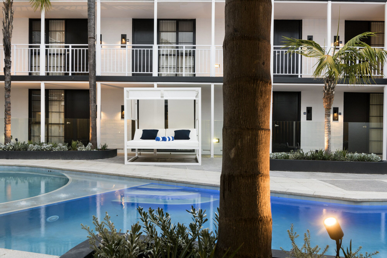 Tradewinds Hotel, East Fremantle