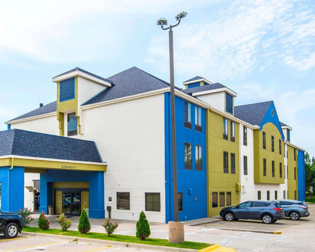 SureStay Plus Hotel by Best Western Blue Springs, Jackson