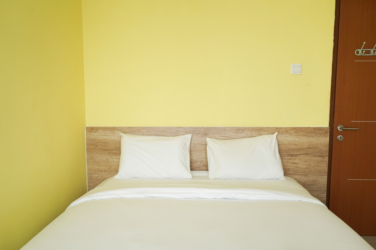 Cozy and Modern 1BR Green Central City Apartment By Travelio, West Jakarta