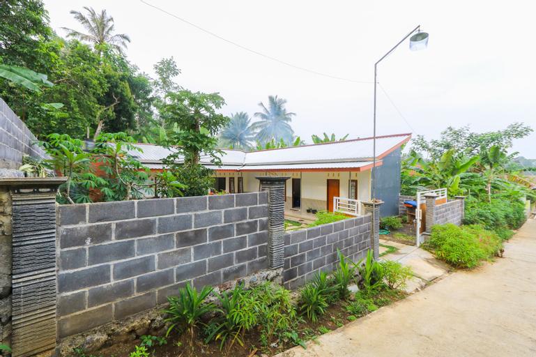 SPOT ON 2378 Omah Nusantara Homestay, Lumajang