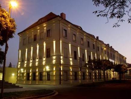 EA Hotel Tereziansky dvur, Hradec Králové