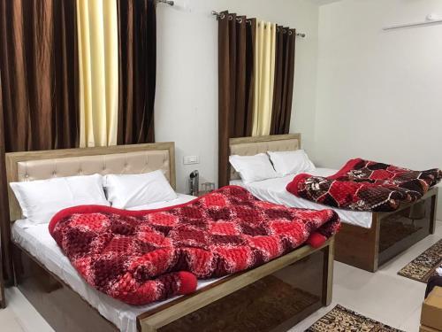 Corridor inn, Gurdaspur