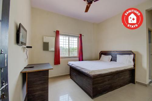 SPOT ON 72001 Hotel Manas, Ambedkar Nagar