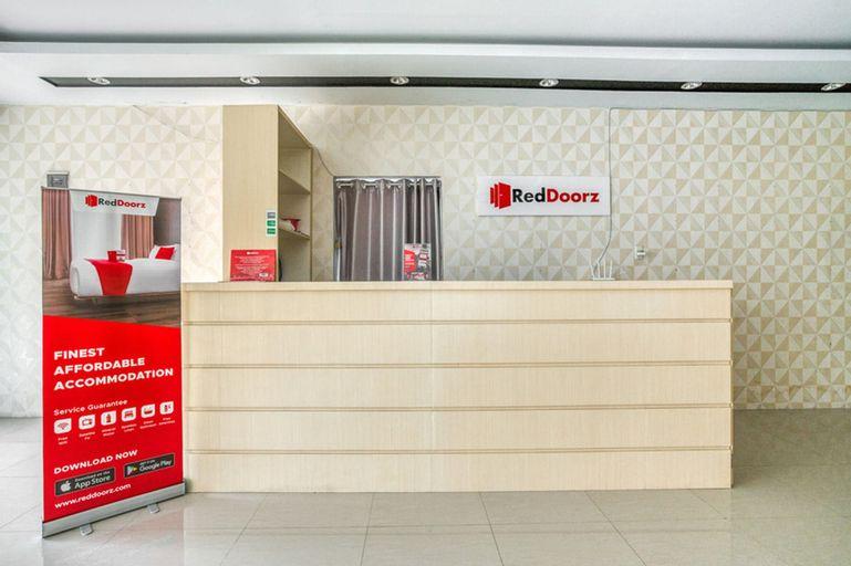 RedDoorz Plus near RSUD Dr. Pirngadi Medan 2, Medan