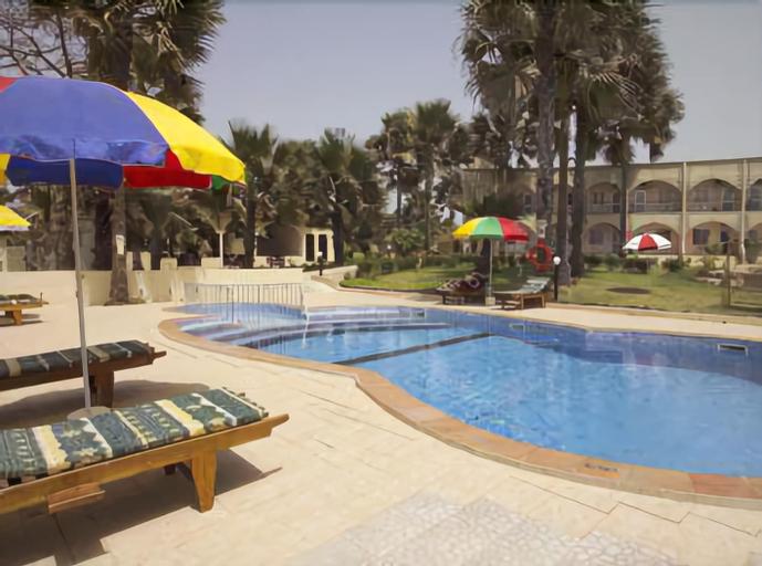 Golden Beach Hotel, Kombo Saint Mary