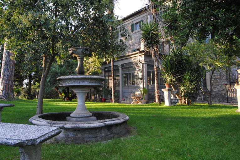 Villa Lais, Viterbo