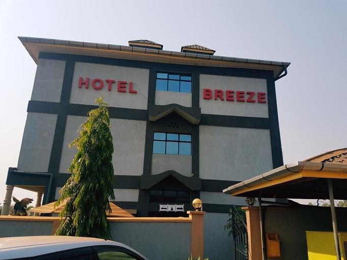 The Breez Hotel, Matayos