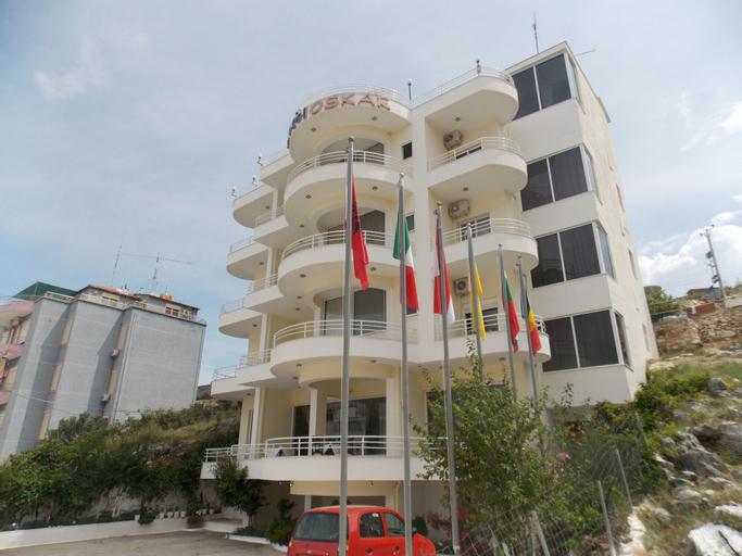Hotel Oskar, Sarandës