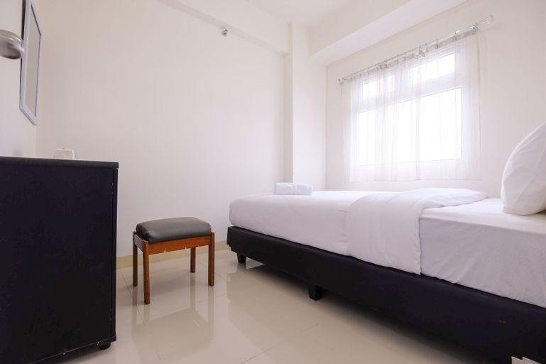 Trendy 2BR Green Pramuka Apartment By Travelio, Central Jakarta