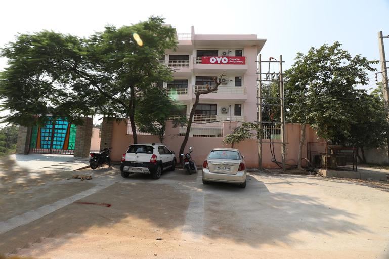 OYO 16562 Flagship Sector 11, Faridabad