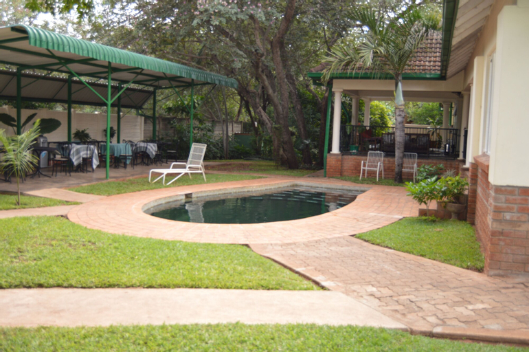 Livingstone Lodge, Hwange
