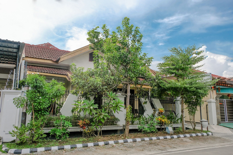 SPOT ON 2764 Sulfat House 19, Malang